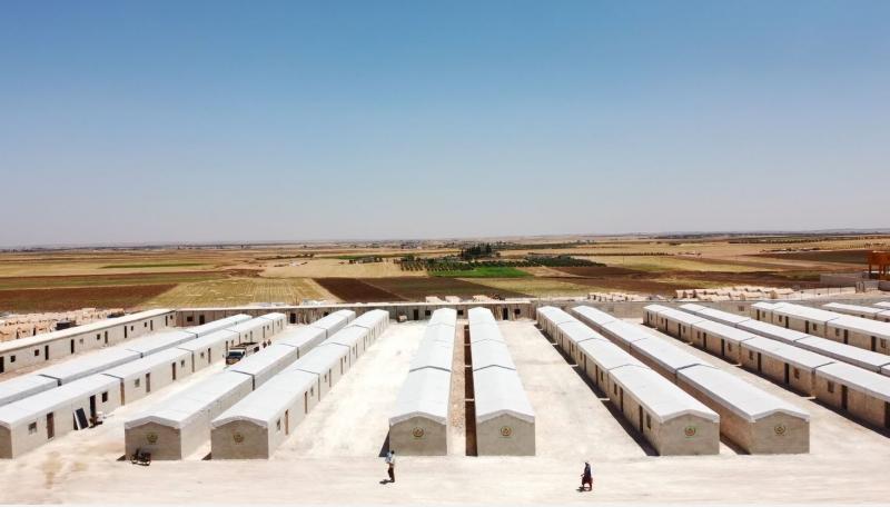 النوري الخيرية: الانتهاء من تجهيز 100 بيت للنازحين السوريين في ريف حلب